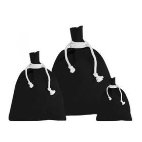 A bag's life never comes to an end and what could be a good example of it than a canvas shopping bags? If you have done your homework,you might know the benefits of having at least one canvas rucksack bag in your home, work or business.