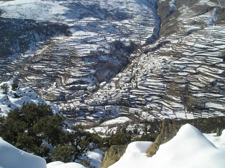 Panorámica de Trevelez nevado