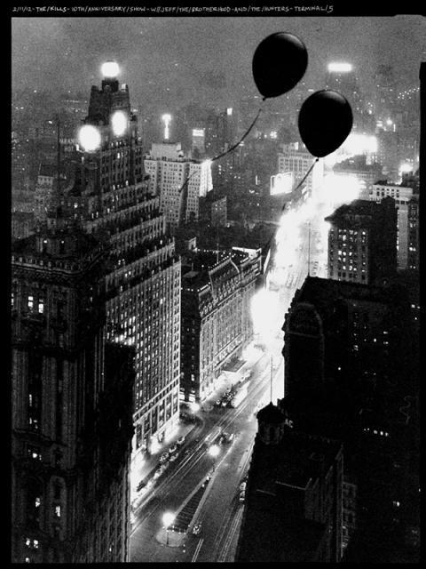 The Kills - Anniversary party - Black Balloon