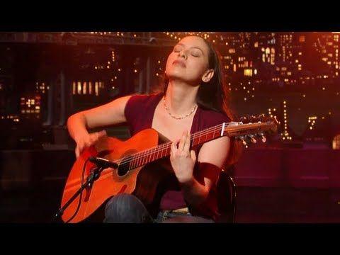 Gabriela y What's-his-face :)    Rodrigo y Gabriela - Diablo Rojo - Live HD