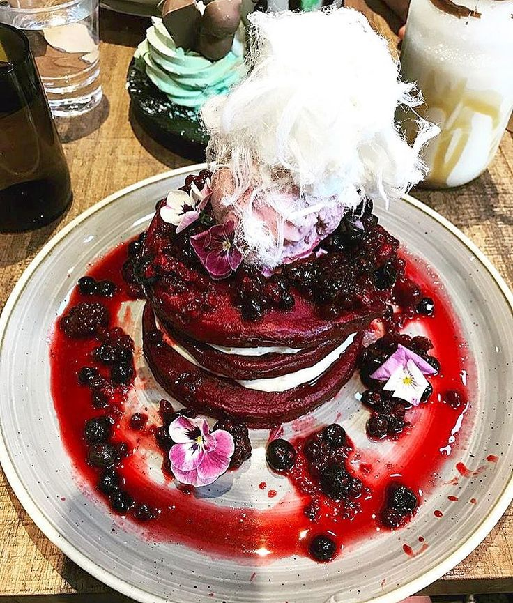 Red velvet pancakes @jenjenbn