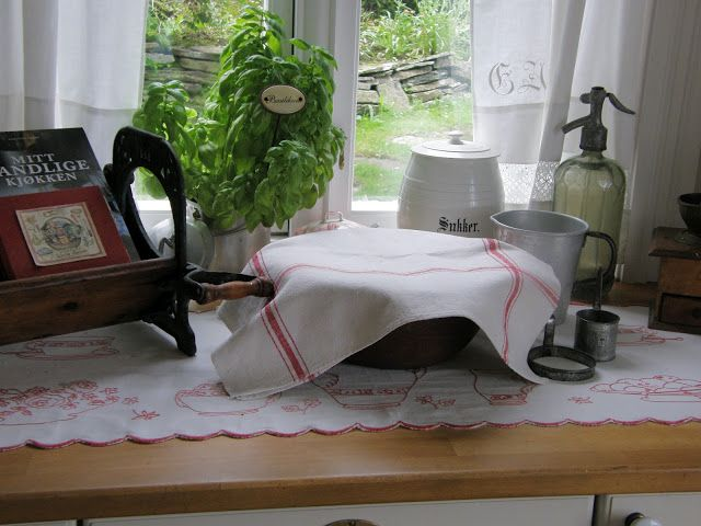Crofter in Hidle- Sundet: My kitchen in country