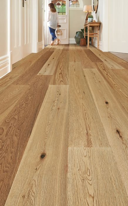 Plantino Engineered Oak timber flooring will create a sense of warmth from the moment you step inside.  Find your favourite species at http://www.choicesflooring.com.au/timber-flooring-range/plantino/?swatch=naturale