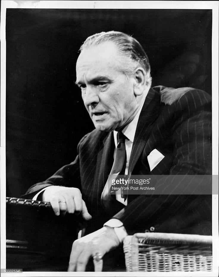 Fredric March. December 07, 1962. (Photo by Arty Pomerantz / (c) NYP Holdings, Inc. via Getty Images)