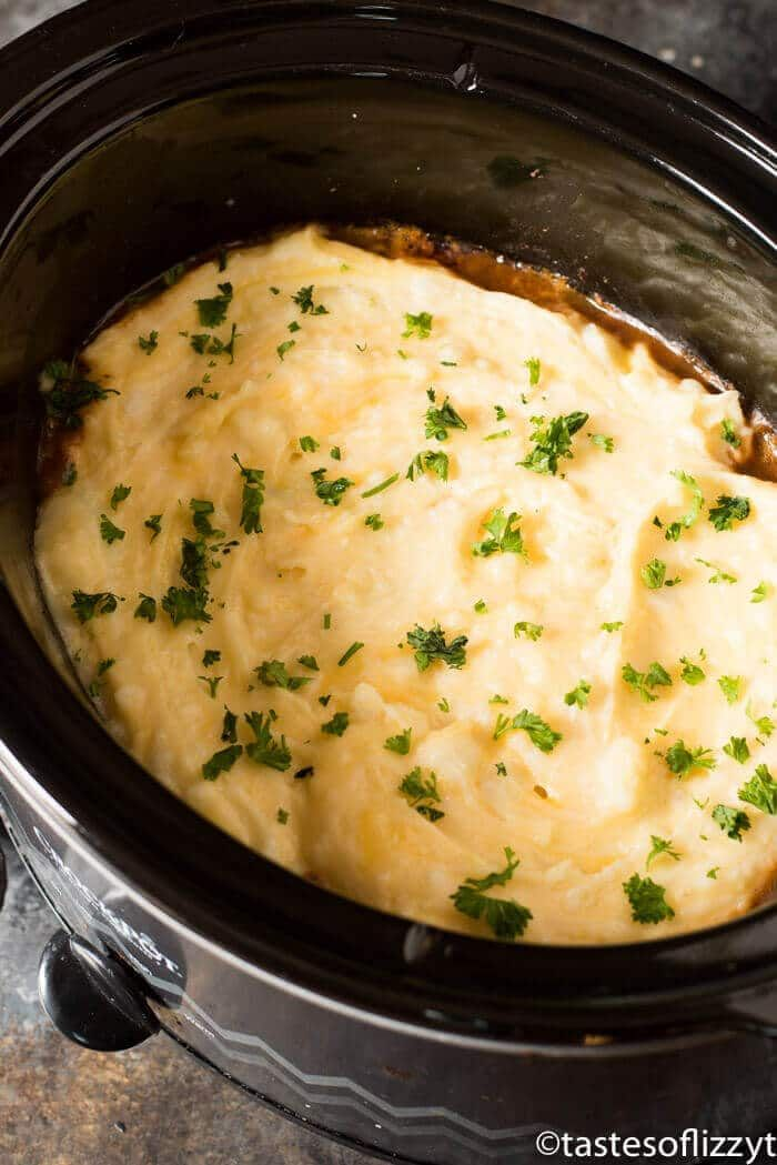 Slow Cooker Shepherd S Pie Is An Easy Way To Enjoy A Classic Casserole Fork Tender Roast Shepherds Pie Recipe Crockpot Shepherds Pie Slow Cooker Shepards Pie