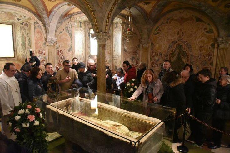 """San Geminiano, città in festa. """"La vita è viaggiare per gli altri"""" - Modena - il Resto del Carlino"""