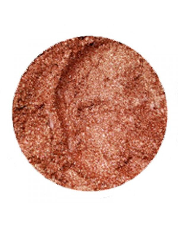 Erth Copper øyenskygge er lekker, skimrende, kobberfarget og brunlig. Flott til alle øyenfarger, men er spesielt fint som kontrastfarge til blå øyne.