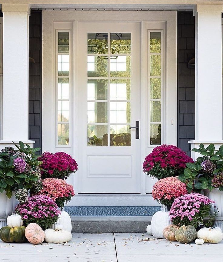 """10.6k Likes, 64 Comments - One Kings Lane (@onekingslane) on Instagram: """"We can't get enough of these colors! @lilypadcottage certainly knows how to do a fall front porch…"""""""