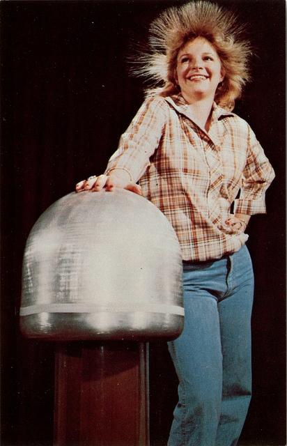 Electrostatic Generator, American Museum of Science & Energy, Oak Ridge TN by SwellMap, via Flickr