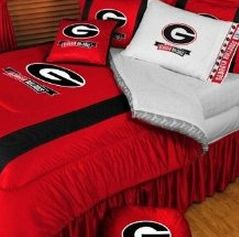 17 best images about our little uga fan on pinterest for Georgia bulldog bedroom ideas
