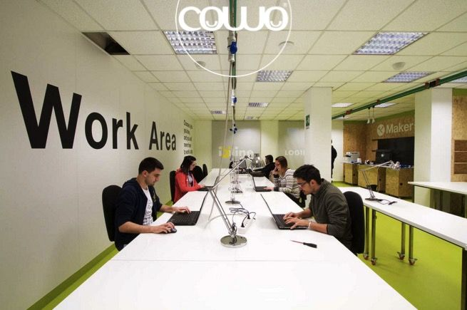 Spazio Coworking a Saluzzo (Cuneo) presso Isiline, in via Marconi 2. Affiliato Rete Cowo® - Coworking Network. Info: http://coworkingproject.com