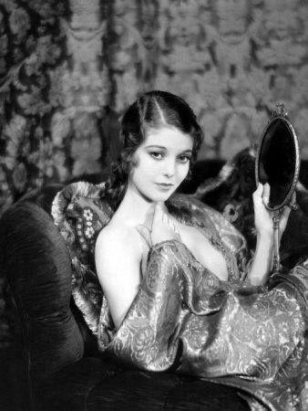 1929 Loretta Young--L'esprit swing's
