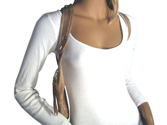 New collection  Holster from fine, soft leather imitation with adjustable #Halter and shoulder straps. The bag is used with two leather piping and has silver fittings, gi... #holster #halter