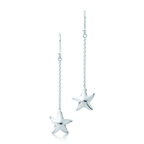 Elsa Peretti® Starfish earrings in sterling silver.