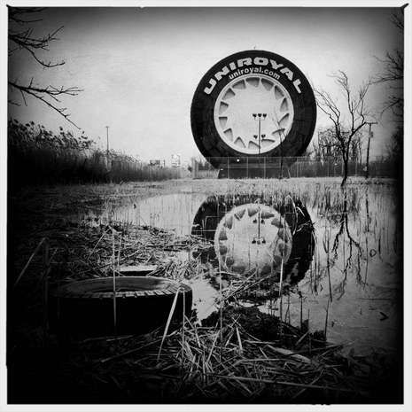 The Uniroyal Giant Tire is a landmark on I-94 between #Detroit and Metro Airport.