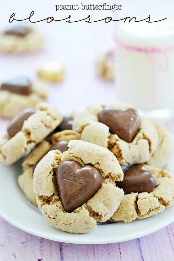 Peanut Butterfinger Blossoms - wouldn't these be cute for Valentine's Day?