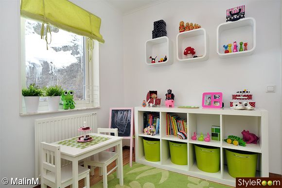 kids room//storage//colours..