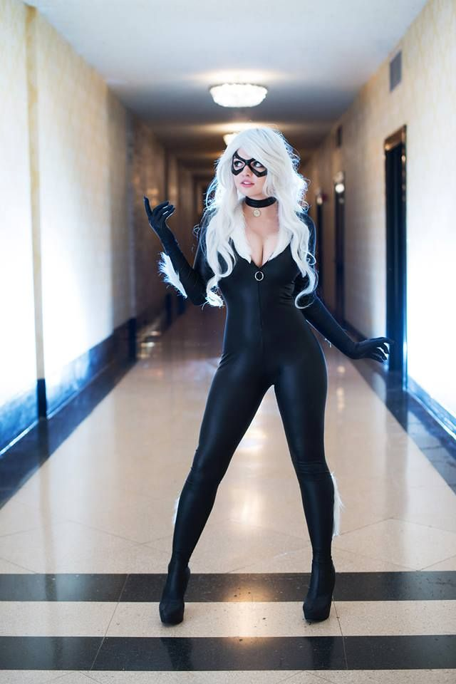 Look how pretty! Love this Black Cat cosplay. - 10 Black Cat Cosplays