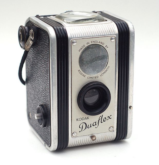 """Kodak Duaflex"" (UK) [The original Duaflex was introduced in 1947, and was manufactured both in America and in England. The U.S. & U.K. versions differed in appearance.]~[Photo by John Kratz]  'h4d' 120813"