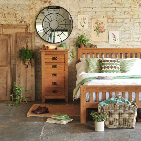 Rustic Oak Bedroom Furniture Oak Furniture Rustic Bedroom Exposed Brick Walls