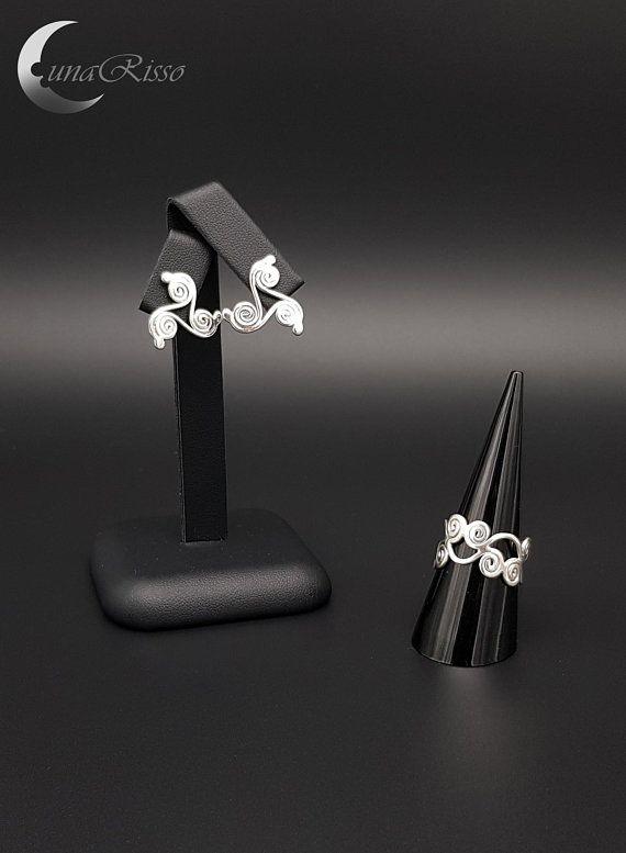 https://www.etsy.com/uk/listing/601155073/silver-mill-silver-jewellery-set-silver