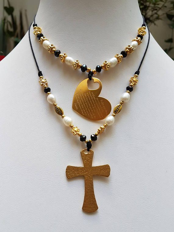 a5dd88df00e8 Detalles Collar de Corazón Oración ¨Padre Nuestro en Cordón Ajustable.  Materiales  Chapa de Oro