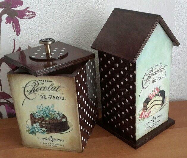 Чайный домик и короб для сладостей.