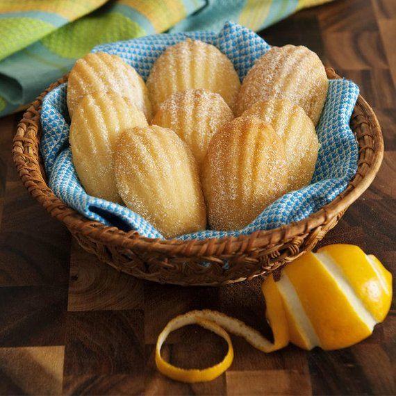 Madeleine  Seashell Baking Pan