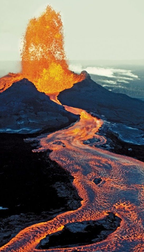 Geological Wonders of the World. Kilauea Volcano, Hawaii, USA