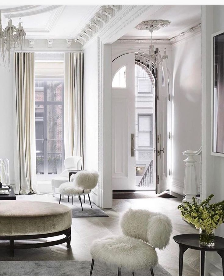 Ashley Stark Kenner (@ashleytstark);All white everything. Happy 4th of July everyone have a great day. NYC townhouse by…""
