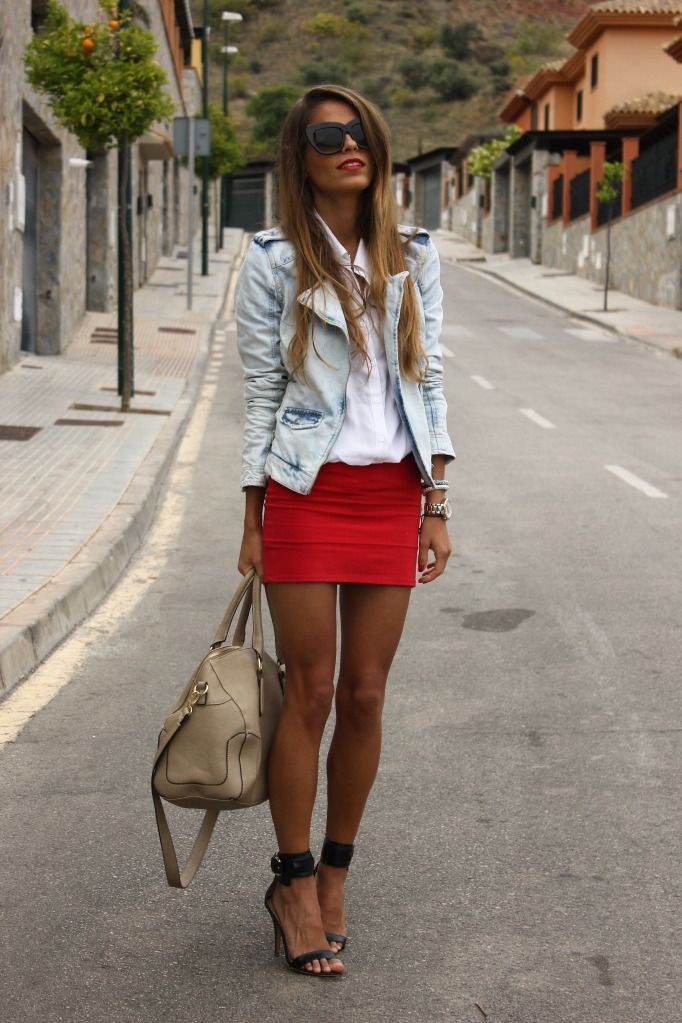 Shoes, Minis Skirts, Fashion, Jeans Jackets, Street Style, Jean Jackets, Denim Jackets, Spring Outfit, Red Skirts