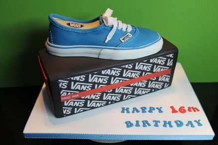 Vans Shoe and Box....