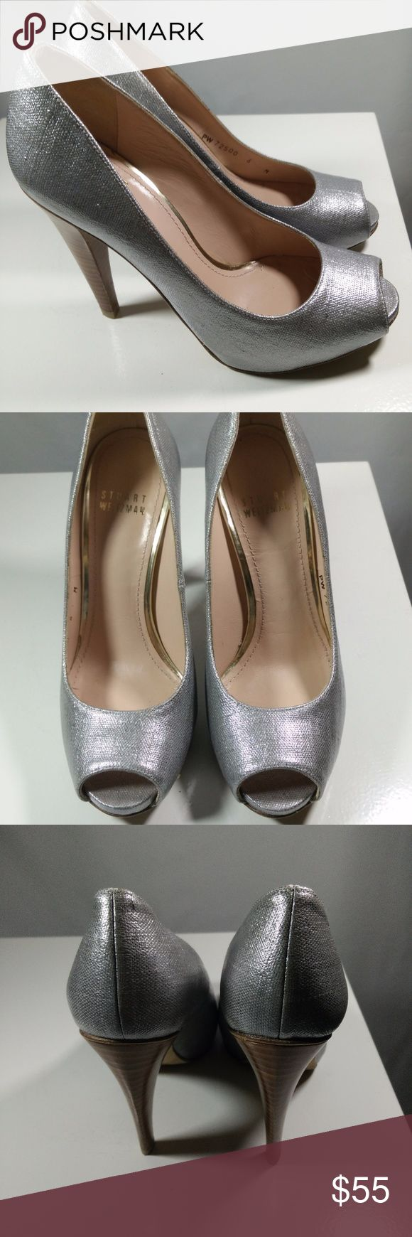"Stuart Weitzman Women's Silver Peep Toe Stuart Weitzman Silver Peep Toe Pump 4"" Heels Textured Slip On Sz 6M -  in VERY NICE OVERALL CONDITION!  (ref#1175)  Please see pictures for more details. Stuart Weitzman Shoes Heels"