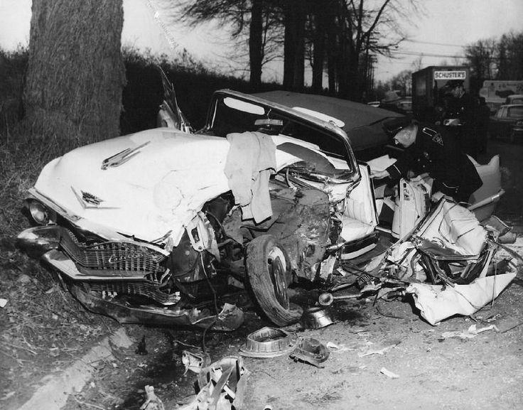 Opel Race Car Crashes At Las Vegas
