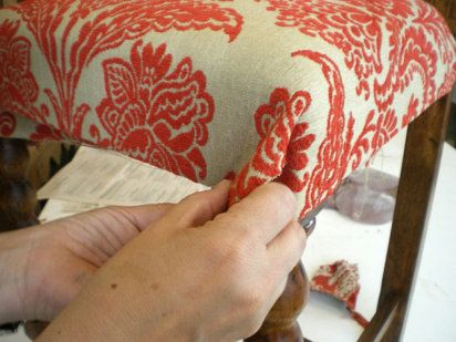 Tapizar una silla paso a paso | Hacer bricolaje es facilisimo.com