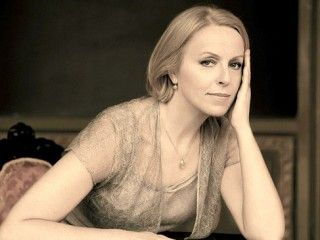Anne Sofie Von Otter, mezzo-soprano