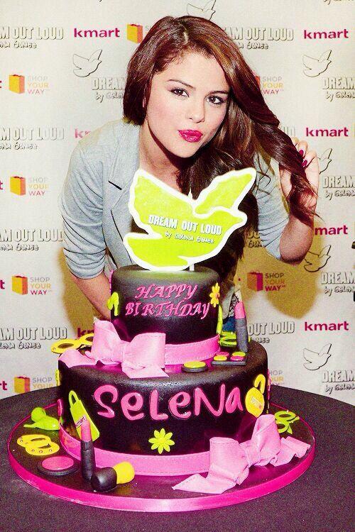 Celebrity birthday cakes in atlanta