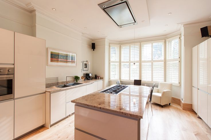 modern bright kitchen design