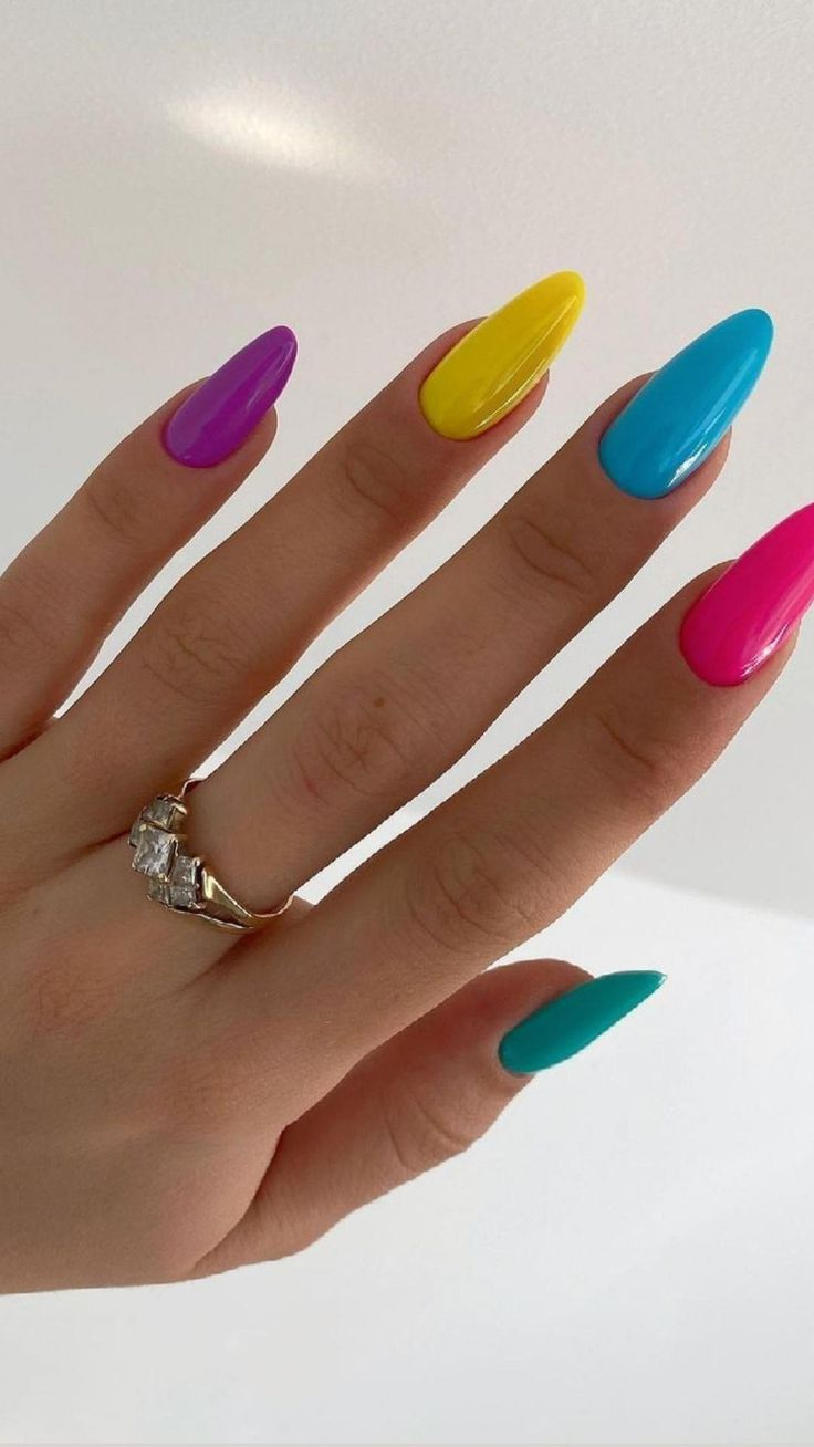 Cute nails: An immersive guide by Redpinkey
