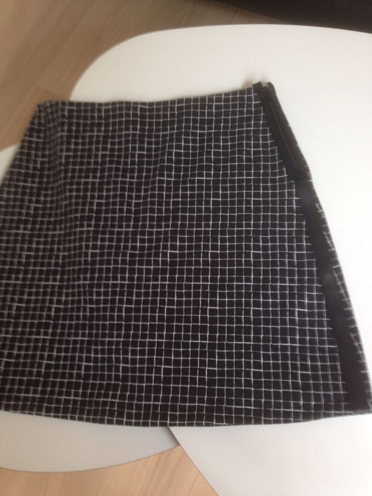 Skirt with cubes