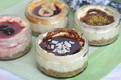 Posso dire che questi cheesecake al microonde sono una vera figata? No, perché davvero non saprei definirli diversamente, visto che in 5 minuti di ottengono dei cheesecake