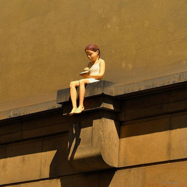 Prague : Klementinum Sculpture   1/2