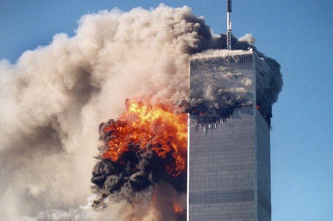 """Il 18 agosto scorso, Papa Francesco ha parlato di Terza Guerra Mondiale. Vi spieghiamo perché siamo alla Quarta e perché è difficile capire che questo terrorismo islamista è una """"nuova guerra"""", transnazionale e internazionale, la prima della Storia, Iniziata almeno con le """"Lettere Ladenesi"""", la """"Dichiarazione di Guerra"""" di Osama bin Laden agli Stati Uniti e all'Occidente, emessa giusto 21 anni fa. Un tema che abbiamo trattato nel paper di un master seguito nel 2003, la cui fondatezza è a ..."""