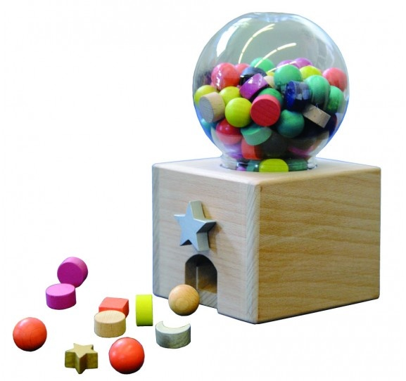 WOODEN GUMBALL MACHINE. #Kids #Gifts #Toys
