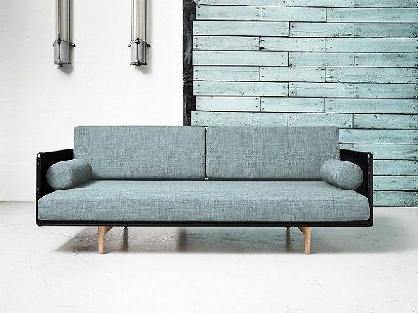 Descopera o piesa de mobilier versatila si eleganta! Canapeaua Fixa Deva Light Bleu este un must have pentru orice interior modern. #SomProduct #InspiringComfort #couch #homedesign #homeinspiration #scandinavianlook