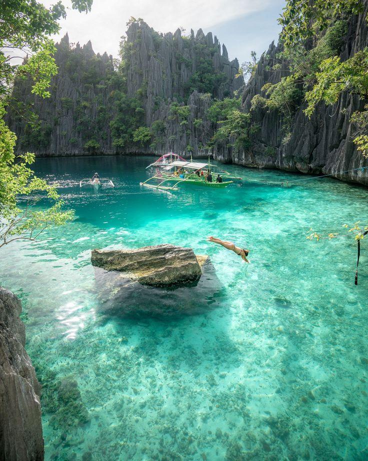 Beach Island: Twin Lagoon, Coron Island, Philippines