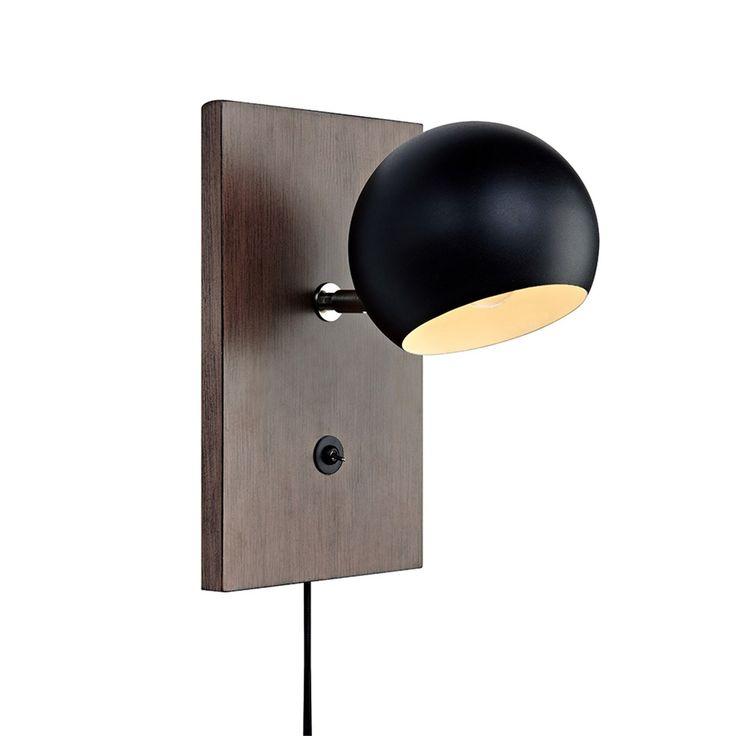 Vägglampa Markslöjd Fletcher 106613 Bygghemma.se