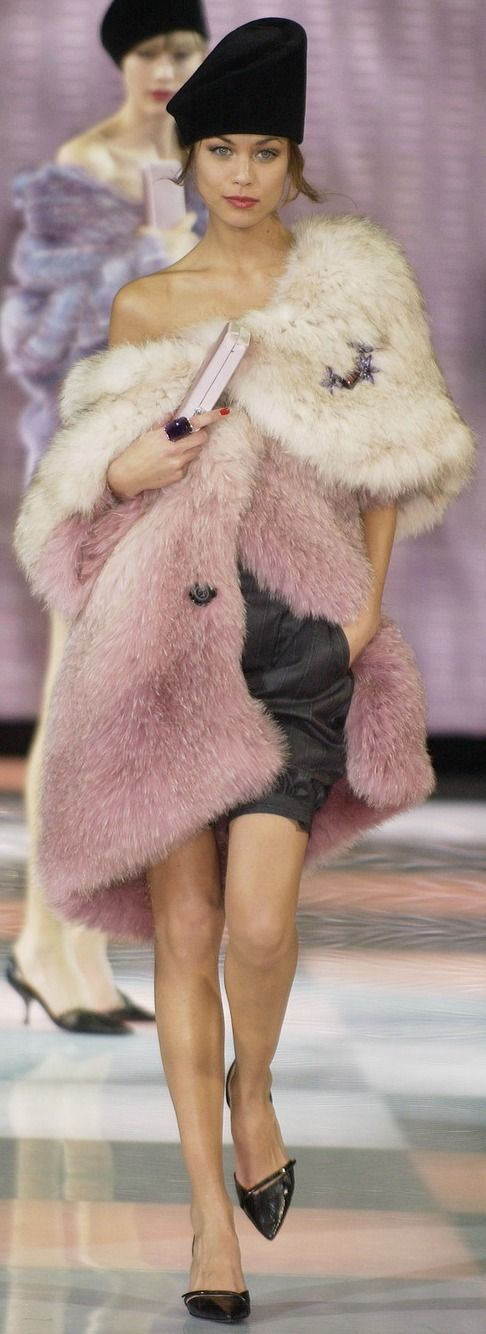 Fall 2005 - Giorgio Armani | The House of Beccaria Make sure you're Rockin' Faux Fur