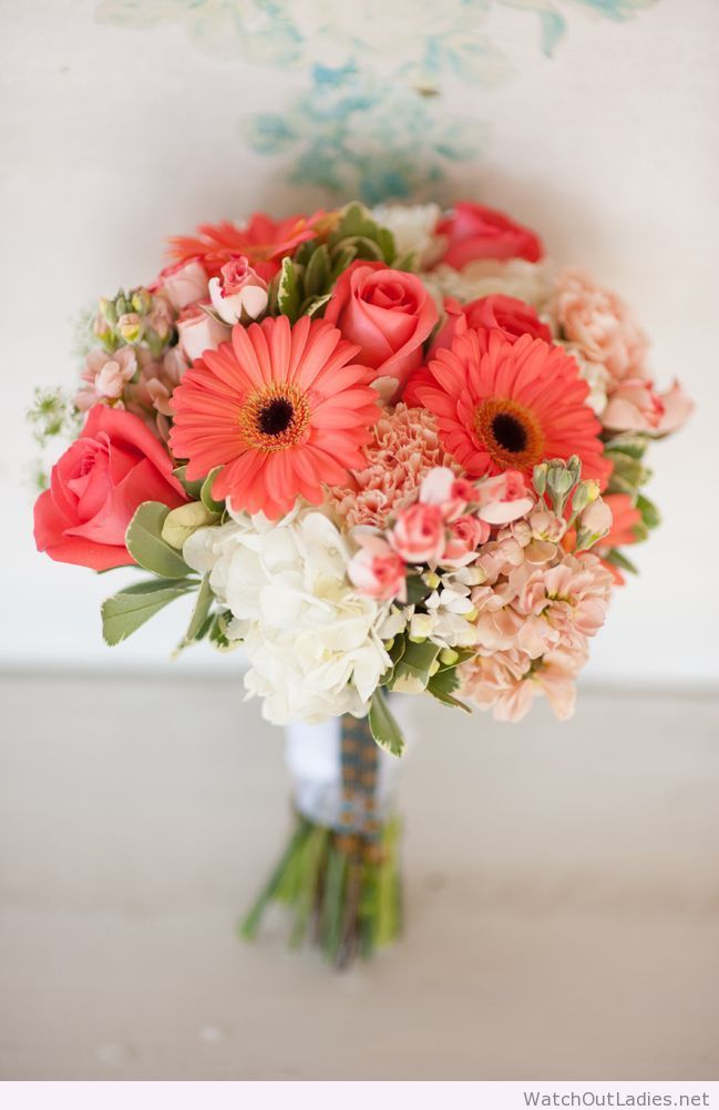Coral wedding bouquet inspiration
