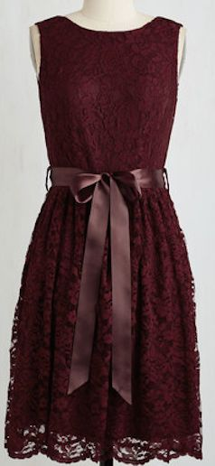 Garnet lace red dress